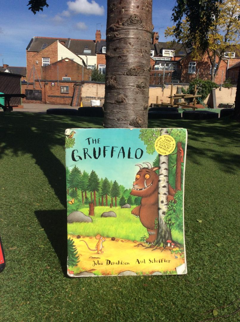 The Gruffalo front cover (1)